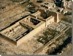 De Medinet Haboe-tempel van Ramses III